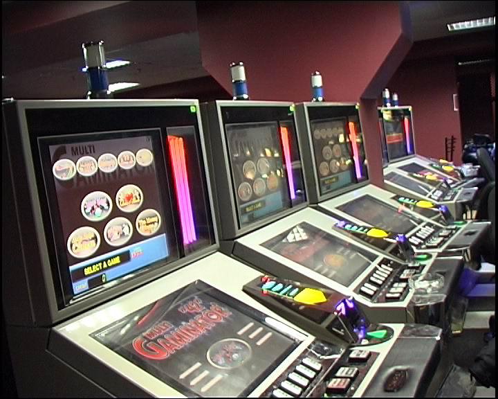 Как открыть интернет клуб игровые автоматы сколько можно заработать на своем онлайн казино