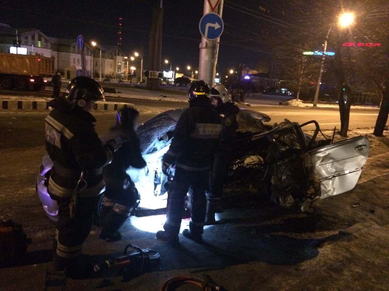Молодая девушка погибла вночном ДТП вИркутске